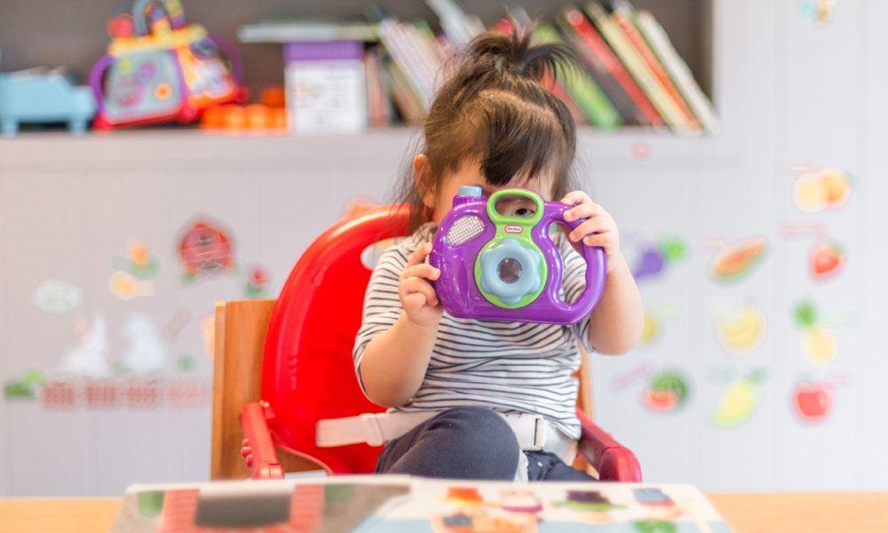 Cómo los niños pueden aprender inglés sin salir de casa