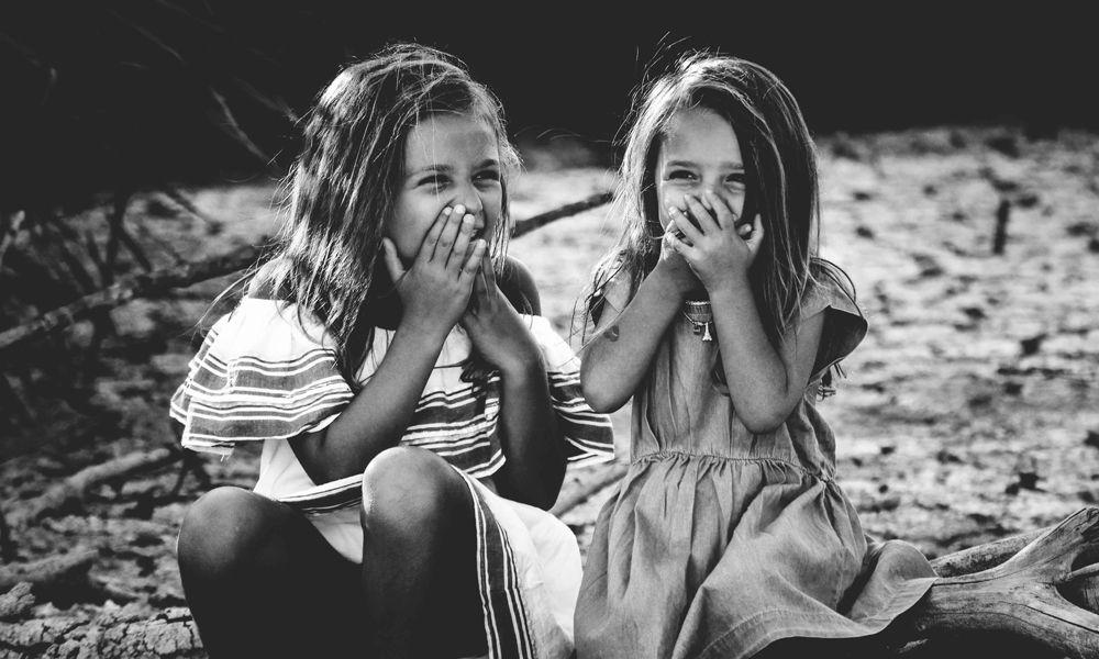 la risa de los  niños