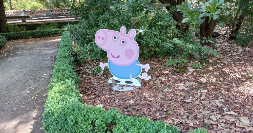 peppa pig en el jardín botánico